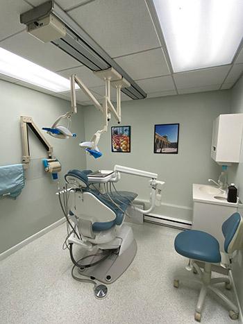 Dentist in Waltham